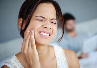 Diş eti hastalığı koronavirüs riskini artırıyor