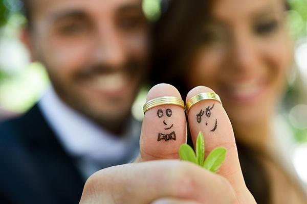 Yaz düğünü düşünenler için kurtarıcı öneriler